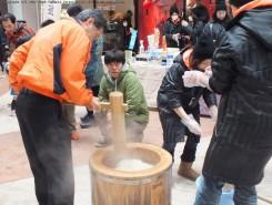 竜王町の美味しいもち米を使ったもちつき体験の始まり~
