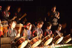 会場を盛り上げる紫香楽太鼓「炎」