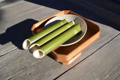 三本の竹筒には、早稲、中生、晩生が分かる刻みが入っている。一筋が早稲、二筋が中生、三筋が晩生を示す