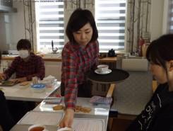 教室は2階のレンタルスペースで。参加費には材料費、レシピ、ドリンクが含まれている