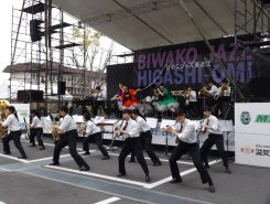 【近江兄弟社学園吹奏部】パフォーマンス演奏に、会場も大盛り上がり!