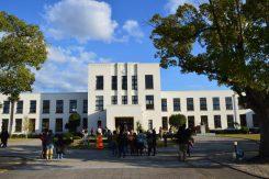 ヴォーリズ建築の「豊郷小学校旧校舎」今ではアニメファンが聖地と呼ぶ