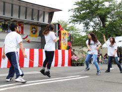 京都産業大学の学生によるダブルダッチ