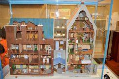 オランダ、アムステルダムにあるアンネ達の隠れ家を再現した模型