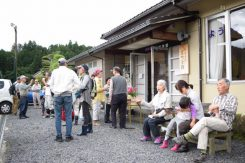 この日を心待ちにしていた参加者が宮町会館に集まった