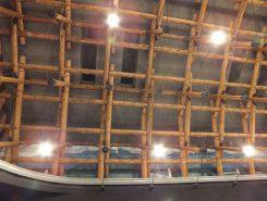 ヨーロッパのターミナルを模した天井