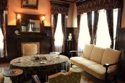 洋室。ヴォーリズの弟子による設計