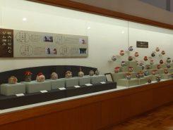 12月には、300個以上のびんてまりが一堂に展示される