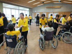 甲賀市で県内の車椅子レクダンス協会が集うイベントが開かれた