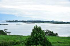琵琶湖も、こんなに高い所から眺められる