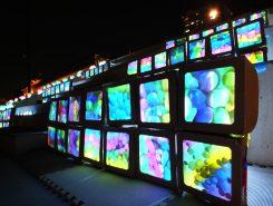 立命館大学の学生による「あかりっつ企画」。来場者が作った灯りが大きな作品に