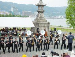 湖畔広場の瀬田北中学校吹奏楽部演奏
