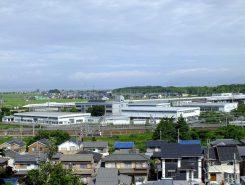 見晴らしがよく、米原駅を通過する新幹線も間近かに!