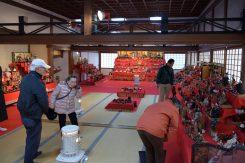 500体以上の人形が飾られている