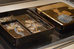 槙鹿蒔絵硯箱