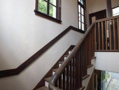 趣きのある階段