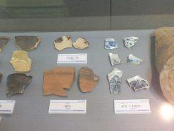 佐和山城の調査結果報告の一つとして、展示されている