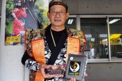 アントシアニンなどの栄養も豊富な「黒影米」と、1日に600個売れるという「かくれおはぎ」