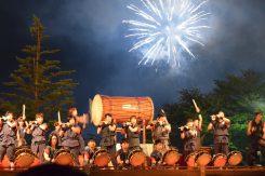 太鼓と花火の共演