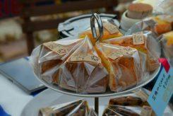 しっとりした生地と、やさしい甘さのケーキはティータイムにぴったり!