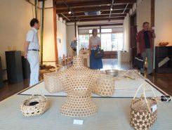 八幡山の放置竹林を間伐し、間伐竹の3R(リデュース・リユース・リサイクル)に取り組む市民団体・八幡酒蔵工房「いまさかPJ」が主催した