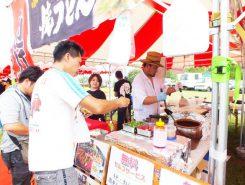 近江牛など県内産の食材を使った店も多かった