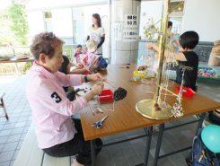 ハスの花托を使って手作り教室