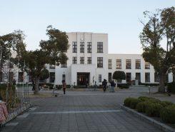 ライトアップ前の旧豊郷小学校