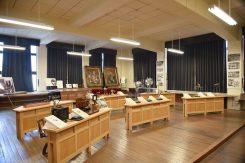 理科室(通常非公開)には最先端の装置や器具が備わっている