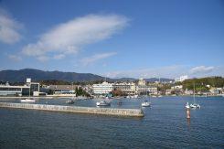 大津港から約30分でおごと温泉港に入港