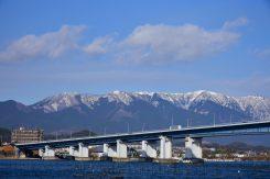 雪景色の比良山系