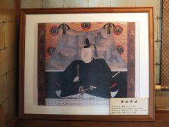 高虎は士豪・藤堂虎高の次男として生まれ、身長190センチ、体重110キロの巨漢だったといわれている