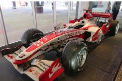 2007年 F1世界選手権に参加した「スーパーアグリ SA07」が展示されている